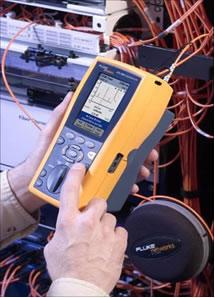 福禄克网络公司将行业内最为强大的铜缆认证工具变成了一款OTDR